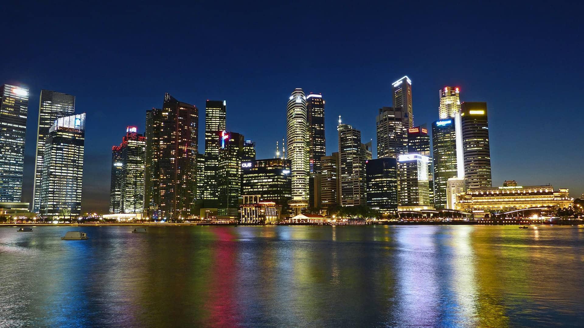 singapore river at night
